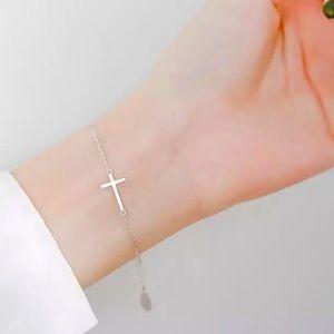 ✨✨.925 Sterling Silver Sideways cross Necklace✨✨
